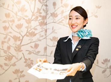 """""""憧れ""""の空港でオシャレにお仕事♪シャワールームをご利用する旅行者様へのご案内や予約の受付などをお願いします!"""