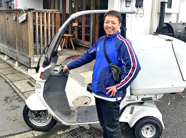 """""""デリバリー""""といっても、ハンバーガーを運ぶなんてちょっとレア!?安定感のある屋根付バイクで運転しやすくて◎初心者さんもOK♪"""