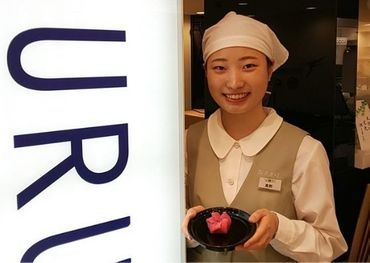 ◆落ち着いた店内◆ 若い方からご年配までご利用頂いています☆ 紺を基調とした和カフェで一緒に働きませんか♪
