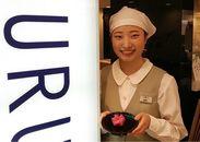 ◆落ち着いた店内◆ 若い方からお年寄りまでご利用頂いています☆ 紺を基調とした和カフェで一緒に働きませんか♪