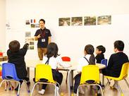 10月にオープンしたばかりなので、教室はピカピカ◆+* まるで外国にいるかのような雰囲気で働けます。