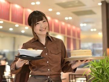 【ホールSTAFF】◆*:。  新規Staff大募集  。:*◆週1日・1日4h~OKで働きやすさ抜群!平日ランチタイム働ける方積極採用中♪
