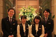 素敵な制服を着て働けます◎会員制ホテルのため、お越しして下さるお客様は常連さんばかり♪落ち着いた雰囲気の中働けます。