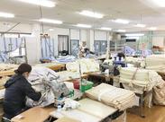 当社は創業34年!羽毛布団や羽毛小物を製造している会社です♪スタッフさんは、当社の製品を割引で買うこともできますよ♪