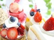 フルーツはどれも新鮮で抜群に美味しいものばかり♪ 自慢の食材を使ったデザートが大人気のお店です*.゜ヽ(*´ω`)ノ゜:。