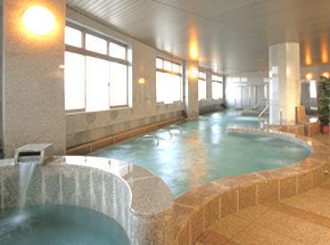 \シフト以外の時間は…/ 温泉やプール、サウナなどの 施設の利用ができます♪ 心も身体もリフレッシュしませんか◇*