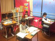 ☆大学生~主婦さんまで幅広く活躍中☆ 勉強に限らず、一緒に遊んだり、本を読んだり、 子ども好きには幸せな時間が過ごせます◎