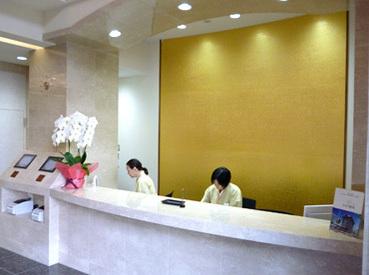 \キレイで働きやすい/築浅のキレイな施設内でのお仕事です。まるでホテルや大企業の受付のよう、と長く続ける方ばかり!