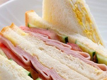 お弁当やおにぎり・サンドイッチなどの調理補助のオシゴト☆カンタン&シンプル作業♪ ※写真はイメージ