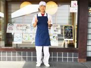 ↑現在活躍中のスタッフです♪ 店内は落ち着いた雰囲気で常連さんも多数◎ 働きやすさ、続けやすさには自信があります!