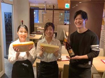 ラクレットチーズ×クラフトビールを味わえるプランが 女性のお客様にも大人気♪ 本場の職人が認めたピザも自慢なんです♪♪
