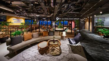 六本木オフィスの解放感のあるリフレッシュルームです♪