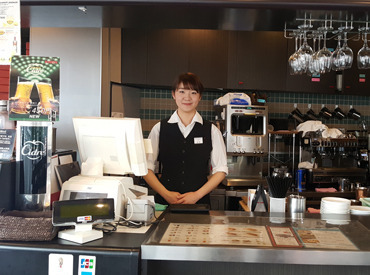 【カフェスタッフ】オシャレなCafeバイト♪*゜≪イタリアン・トマト カフェ スペリオーレ≫ランチタイム急募!★主婦(夫)・フリーター大歓迎!★