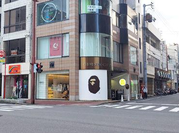 見たことあるかも!? 猿のマークで有名なあのブランドです!! 松山市駅すぐの好立地♪