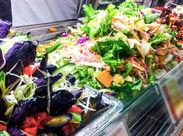 創業300周年!京懐石の老舗によるギフトとお惣菜の販売のお仕事♪ 色とりどりの美味しいお惣菜に囲まれながら楽しく働けますよ★