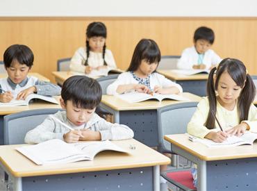 【作文指導STAFF】\生徒の成長を実感!!/「作文って楽しい!」「もっとやってみたい!」子ども達がワクワクするような楽しい学習をサポート☆