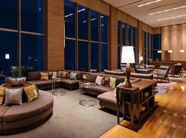 13階のスカイロビー★*。゜ 絶景を眺めながらフロント業務ができますよ◎