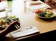 勤務地はホール会場内にあるレストラン♪ 演劇や音楽を観に来たお客様に ステキなお食事のお時間も提供してあげてください!