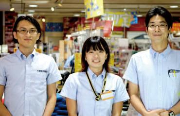 【店舗スタッフ】☆完全シフト制!アルバイト初デビューも大歓迎☆販売のお仕事をしてみたい方大歓迎♪20代・30代男女が活躍中です♪