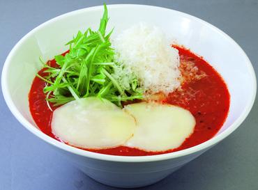 トマトを使った滋味豊かな「トマトスープ麺」をはじめ、余分な脂肪を加えずに仕上げた健康志向のヘルシーラーメン等をご提供★