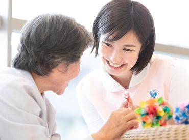 幅広い年齢層のスタッフ活躍中♪ 皆で助け合いながらなので、安心してお仕事に取り組めますよ☆ ※イメージ画像