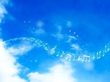 【音楽・演奏Staff】チャペルでの重圧なサウンド・響き渡る歌声耳当たり良いピアノ大好きな音楽で結婚式を彩ってください!