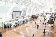 \履歴書不要なのでお気軽に/ 【羽田空港・手荷物カウンターでの接客】 長期勤務可能な方歓迎です!