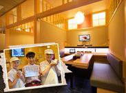 落ち着いた雰囲気のお寿司店。 広い駐車場がありますので、車通勤もOKです!!