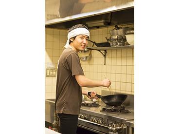 【マネージャー(候補)】★大阪駅徒歩★焼き肉屋でMGR★月8日休み★未経験可