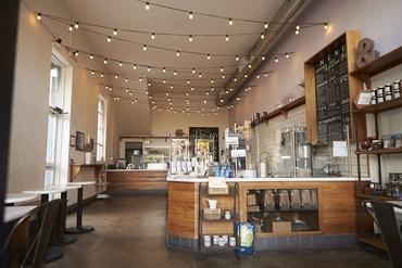 【販売STAFF】未経験歓迎♪幅広い年代に愛されるカフェ&雑貨が併設された雑貨店でのお仕事!