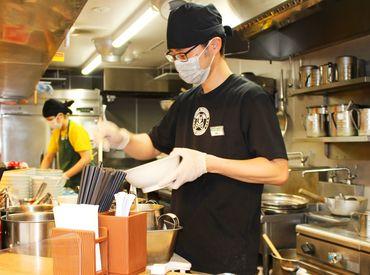 \ませそばブームの先駆者/ 食べ応え抜群の太麺、分厚いチャーシュー。 ガッツリ胃袋を満たすラーメンが大人気です!!!◆