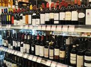 お酒は種類や名前ごとに並んでいるので、全部覚える必要はありません★もちろん「詳しくなりたい!」方は大歓迎ですよ♪