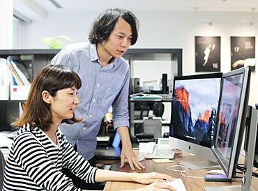 【クリエイティブアシスタント】◆好きを活かせるクリエイティブワーク◆アシスタントからのスタートだから安心◎WEBデザイナー・プログラマーを目指す方歓迎!