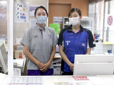受付にはビニールシート完備◎ マスク着用やアルコール消毒など ウイルス対策もしっかり行っています!