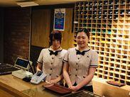 風通しの良い、働きやすい職場です♪ 制服が新しくなり、スタッフからも「カワイイ!」と大好評なんですよ♪