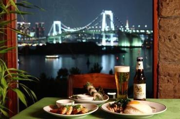 海が一望できる絶景レストラン(お台場)♪ 楽しくおしゃれにお仕事しながら、 どんどんスキルも身に付く良環境です◎