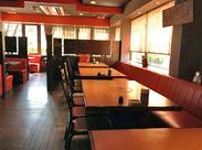 内観はまるで喫茶店のよう♪:* おしゃれな雰囲気の焼肉店で働きませんか◎