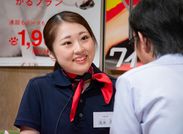 ≪まずは笑顔で接客♪≫ 知識は後から付いてくるので、まずは〝笑顔〟で接客ができればOK!