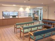 待合室はゆったりお客様がくつろげる空間♪お客様目線の沢山の方に愛される病院です!