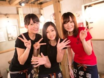 【ホール】\宮崎の魅力をギュッと凝縮/ワイワイ楽しい★賑やかバイト!■17時~夕方からシフトインでOK!■駅チカでアクセスもGood♪