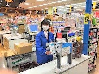 各店舗では高校生~60代の方まで幅広く活躍中!! 馴染みのある宮崎の地場企業なので、 家族にも安心してもらえます♪