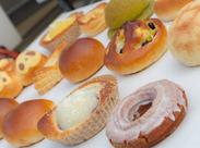 """★難しいことナシのシンプル作業! パン、サンドイッチ、焼き菓子などを""""塗ったり""""""""挟んだり""""するお仕事♪"""