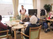 <<< 未経験さん大歓迎 >>> 普段の運転+ちょっぴり介護のお仕事に触れられます! 浜松市内なので、土地感もスグにつかめますよ★