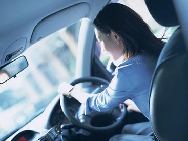 ≪経験は一切必要ナシ!≫ ドライブ好きな方にオススメのバイトです♪ 二種免許の資格を活かしたい方、特に歓迎★