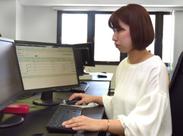 広めの机とデュアルディスプレイでお仕事に集中することができます♪