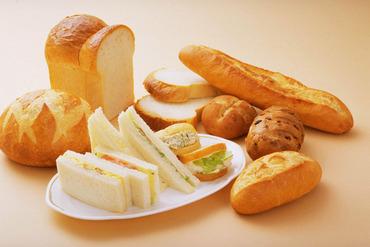 【パン作りSTAFF】◆スーパーマーケットでのオシゴト◆学校や家事などの両立◎交通費全額支給/履歴書ナシでLet'sカンタン応募♪\
