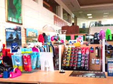 【ゴルフ用品の販売】\有名ブランドで働きませんか?*/商品のスタッフ割あり!ゴルフの知識は不要ですよ◎…週2日~、働ける日だけでOK★…