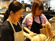 ベーカリーとイートインスペース・レストランが併設されたお店です♪8:2で女性が多数活躍している職場です★