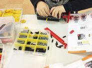 子ども達と一緒にロボットを作っていきます!! ロボットが完成した時の感動を、 子ども達と分かち合ってみてください♪