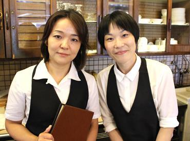 【ホールStaff】<新宿中央公園近く♪。○>芸能人もお忍び来店!!お母さんがオーナーの昔ながらの喫茶店~!定着率抜群★7、8年続くStaffも!